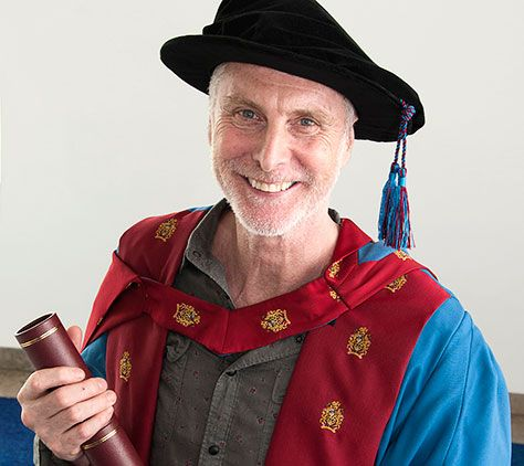 Image for Shameless star 'humbled' by MMU degree