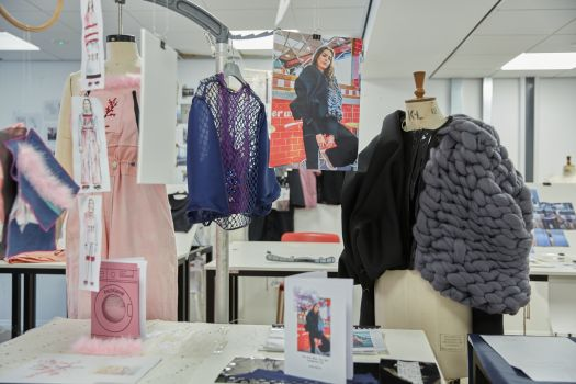 Fashion And Art Courses Climb Subject Rankings In 2018 Guardian University Guide Manchester School Of Art News
